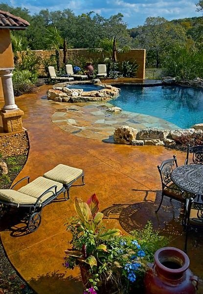 piscine terrasse modèle béton sherbrooke estrie